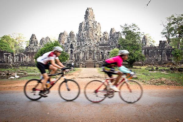 Angkor-Wat-Bike4Kids