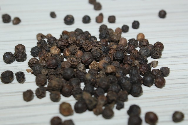 black-pepper-83086_640